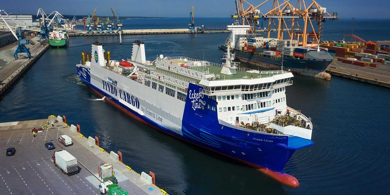 Laivalla Finbo Cargolla