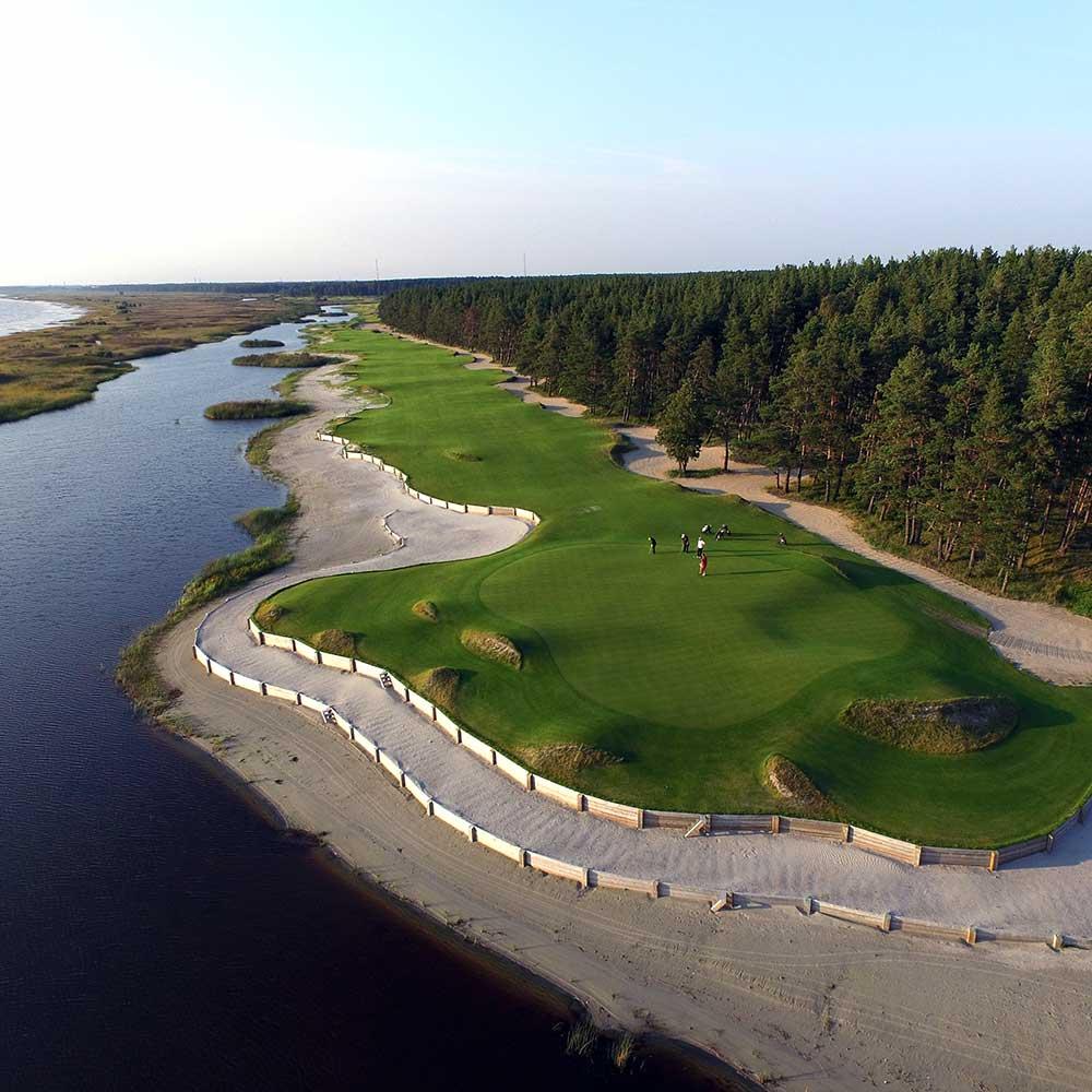 Seilaa golfmatkalle Viroon Pärnu Bay Golf Links