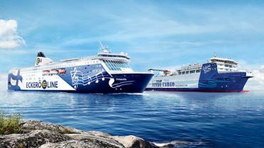 Länsisatamassa suuronnettomuuden meripelastusharjoitus – m/s Finlandialta evakuoidaan helikopterein ja pelastuslautoin
